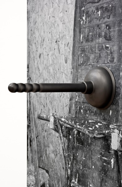 Adam McEwen, Plunger (detail), 2013, Inkjet print on lusterboard, graphite, 129 x 79.5 x 28.5 cm