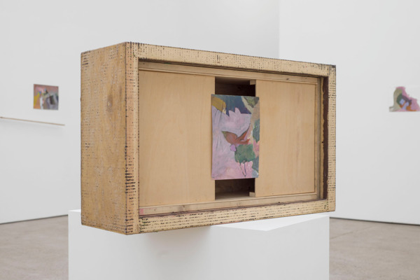 Andrew Kerr, Untitled, 2014, Acrylic on paper; wooden box; plinth: MDF, paint, 129.3 x 99.8 x 49 cm