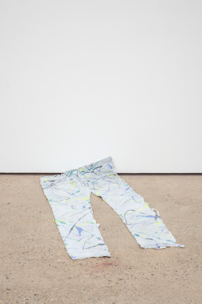Alex Dordoy, Dude the Obscure, 2015, Silicone, pigment, 95 x 42 cm