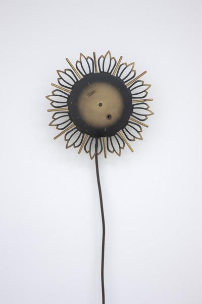 Katja Strunz, Dynamic Fatigue Test (work piece 2), 2012, Clock face, motor, cable, 27 x 27 x 6 cm