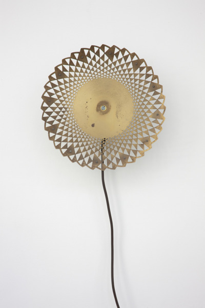 Katja Strunz, Dynamic Fatigue Test (work piece 3), 2012, Clock face, motor, cable, 30 x 30 x 10 cm