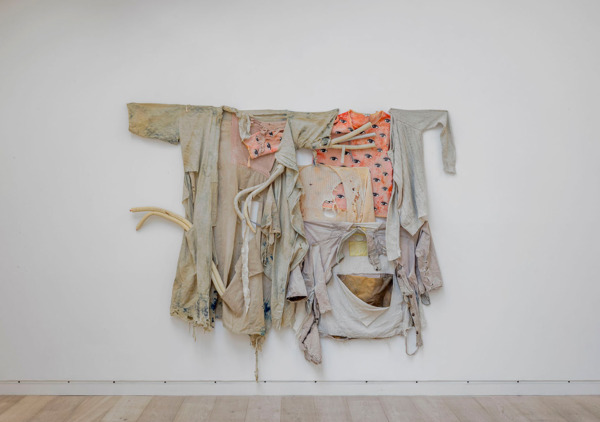 Tobias Madison, Become Nothing, 2014, Clothes, insulation pipes, 174 x 190 x 10 cm