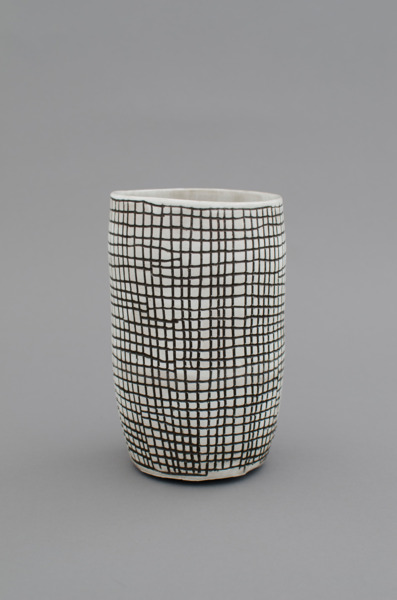 Shio Kusaka, (grid 26), 2012, Stoneware, 17.8 x 10.8 x 10.8 cm