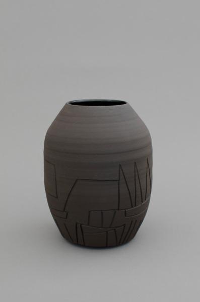 Shio Kusaka, (black 10), 2012, Stoneware, 20.3 x 15.2 x 15.2 cm