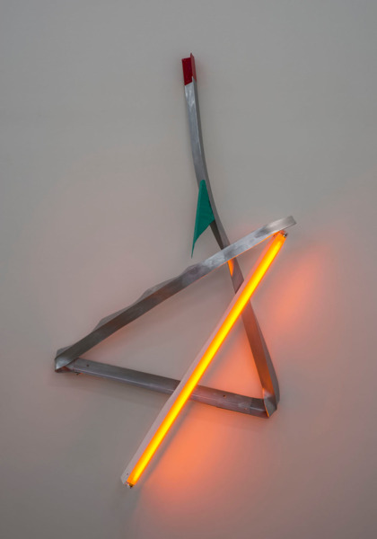 Mark Handforth, Quicksilver, 2015, Fluorescent light fixtures, colour gels, aluminium, sapodilla, oak, paint, 175.3 x 101.6 x 20.3 cm