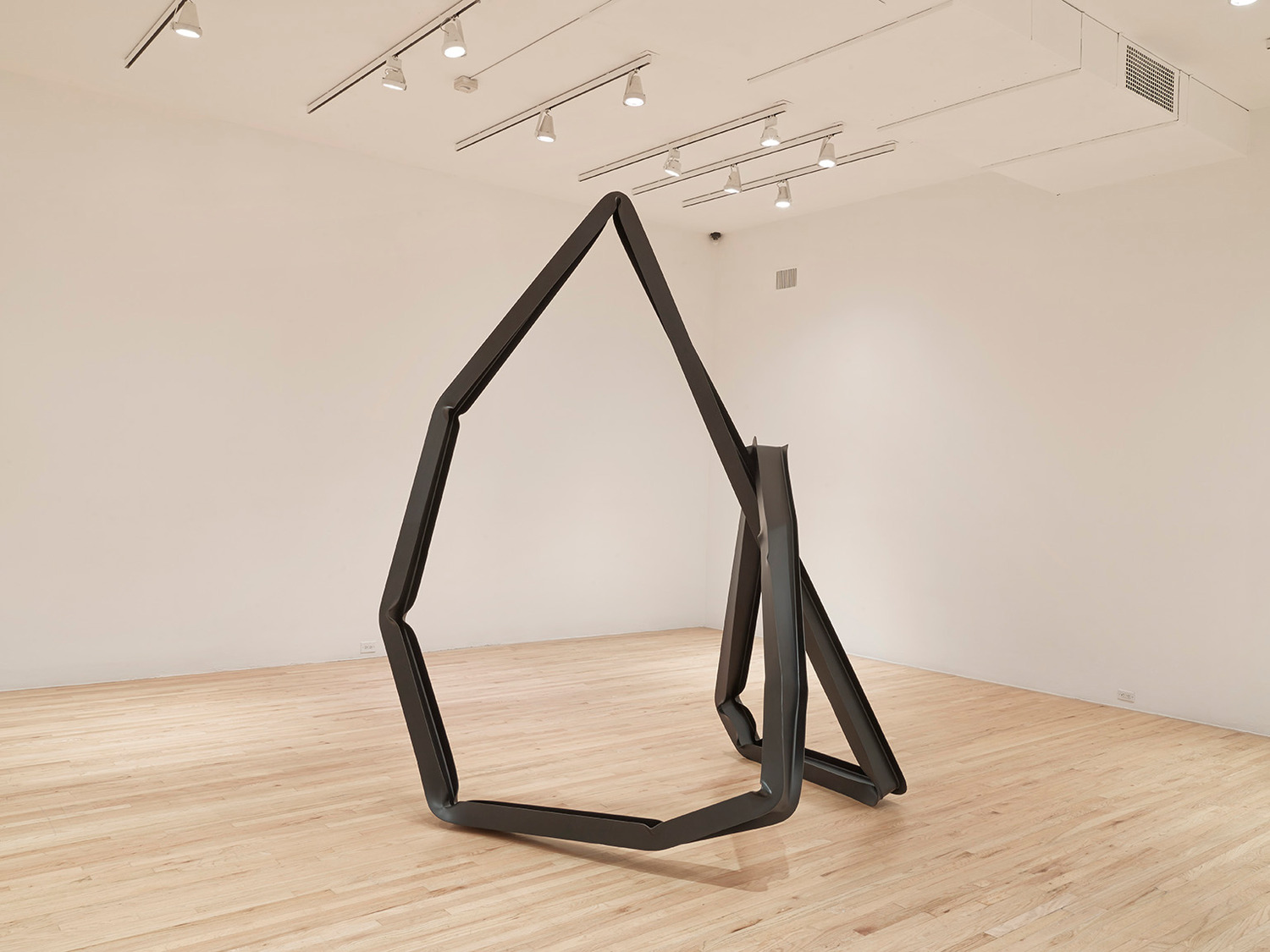 Monika Sosnowska, I Profile, 2013, Painted steel, 316 x 240 x 270 cm, Installation view, Aspen Art Museum, Aspen, 2013