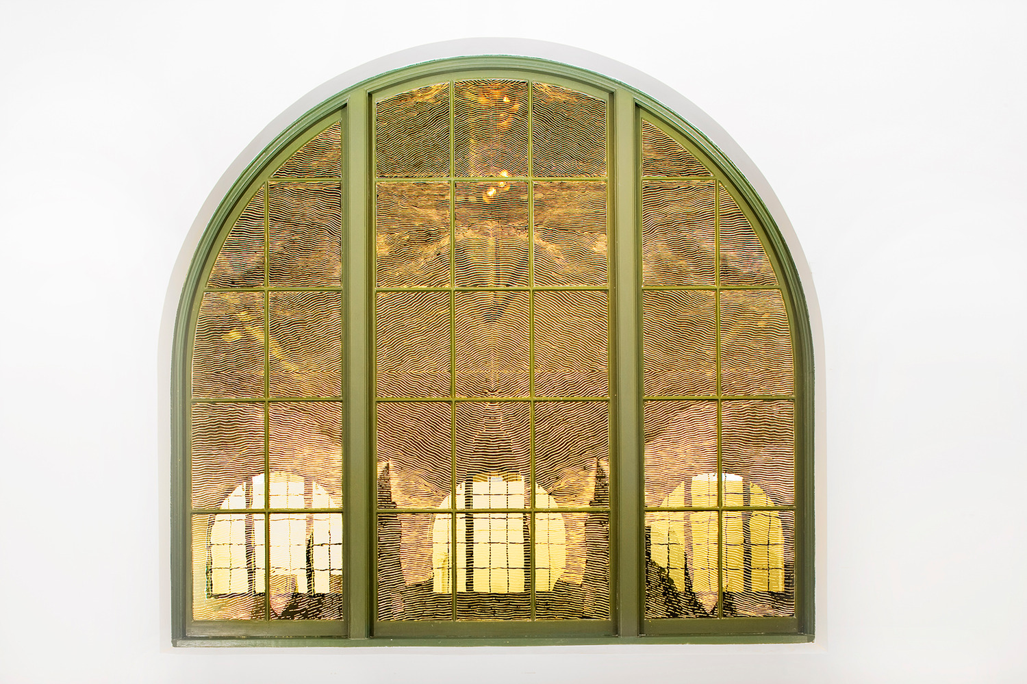 Richard Wright, No Title, 2006, Gold leaf on glass, Dimensions Variable, Installation view, MCASD Downtown, San Diego, 2007