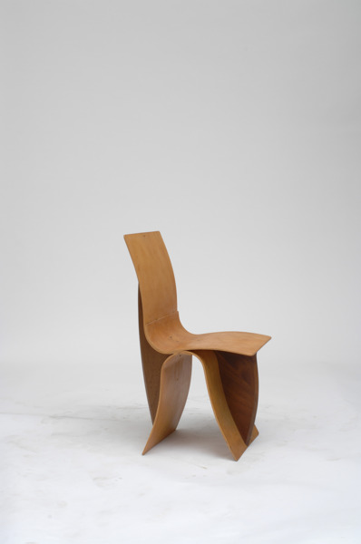 Martino Gamper, Ply on ply, 20.07.2005, Wood, 82 x 37 x 36 cm