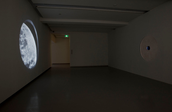 Simon Starling, In Speculum (Studio Edit), 2013, 35 mm transferred to HD, Duration: 4 mins 10 secs, Projected dimensions variable, Edition of 5 + 1 AP