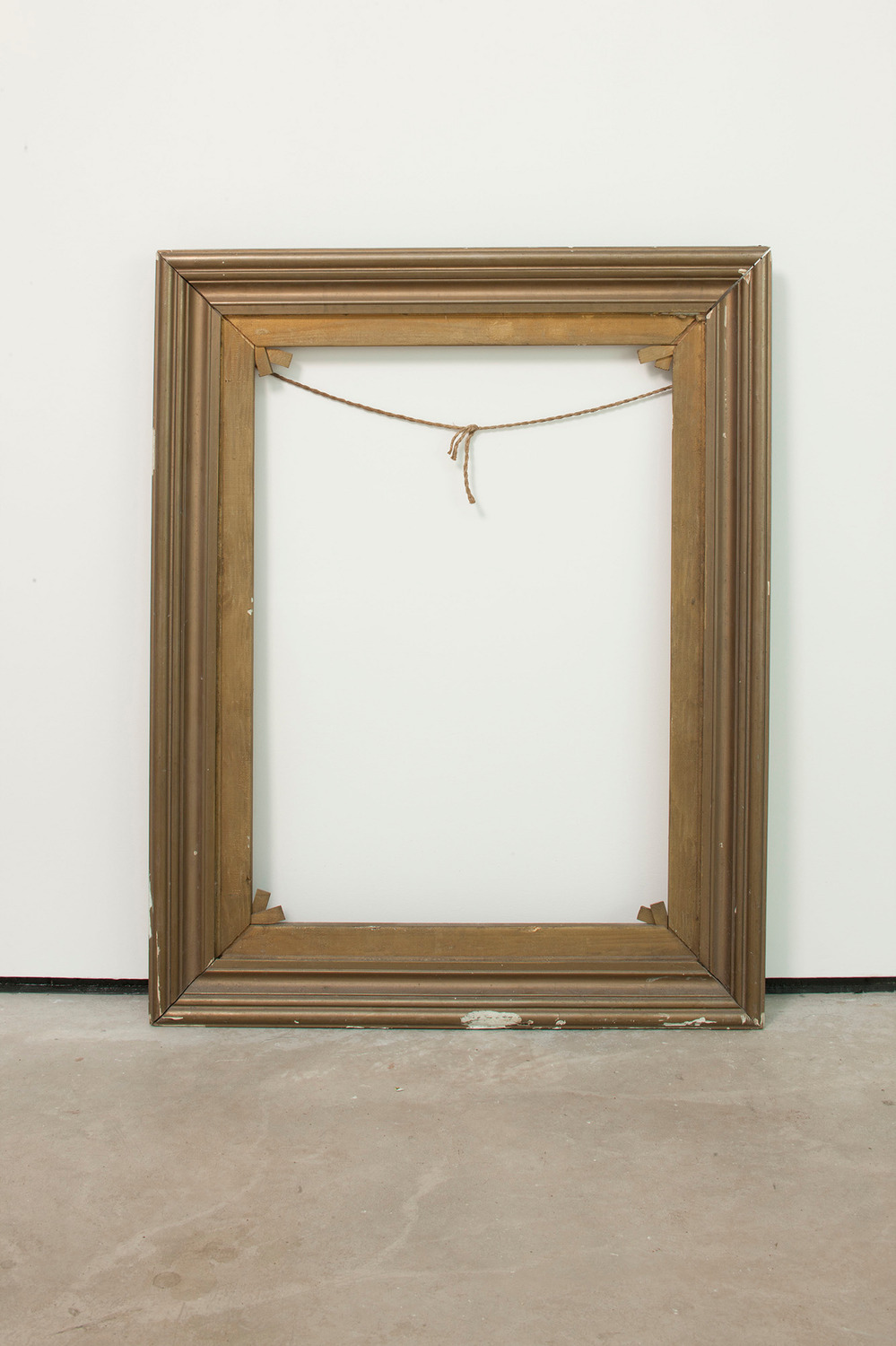 Resting Piece, 2011, Found object, 95 x 75 x 5 cm