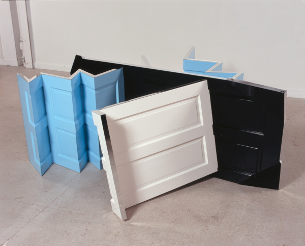 Exceeder, 2007, Wooden doors, gloss paint, mirror, 86.5 x 200 x 225 cm