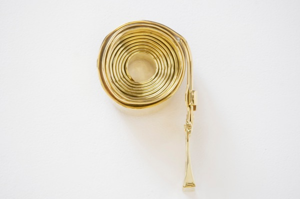The Belt, 2013, Gold plated steel, 32.5 x 21 x 14 cm