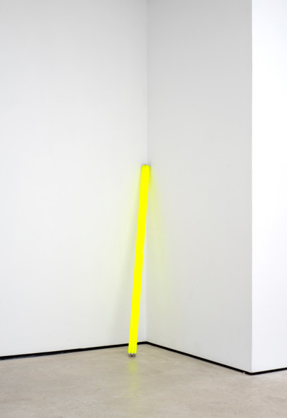 'fasces', 2015, Strip light bulbs, cable ties, acrylic paint, 7.5 x 7.5 x 177 cm