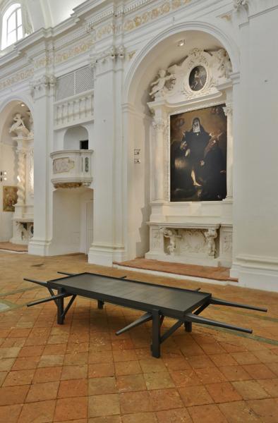 Bier, 2013, Graphite, 55 x 348 x 195.5 cm