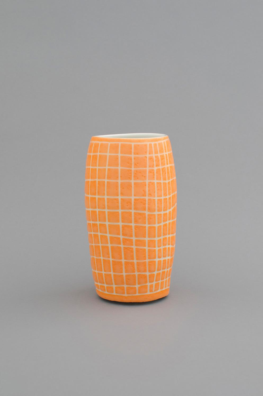 Shio Kusaka, (grid 31), 2012, Porcelain, 21 x 11.4 x 11.4 cm
