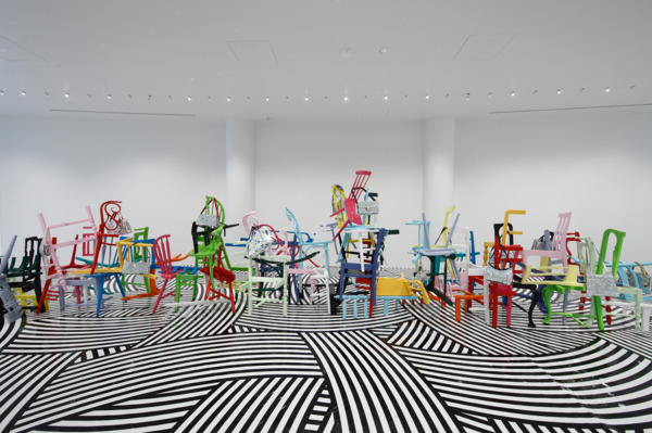 Jim Lambie, Train in Vain, 2008, Wooden chairs, handbags, Mirrors, gloss paint, Dimensions variable, Installation view 'Unknown Pleasures', Hara Museum of Contemporary Art, Tokyo, 2008