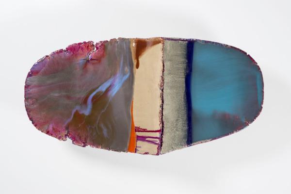 Liz Larner, xii (caesura), 2013- 2015, Ceramic, epoxy, pigment, 47.6 x 105.4 x 33.7 cm