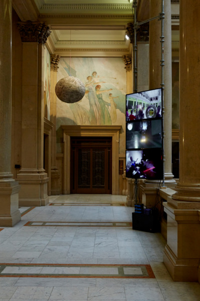 Installation view 'Carnegie International', Carnegie Museum of Art, Pittsburgh, 2013