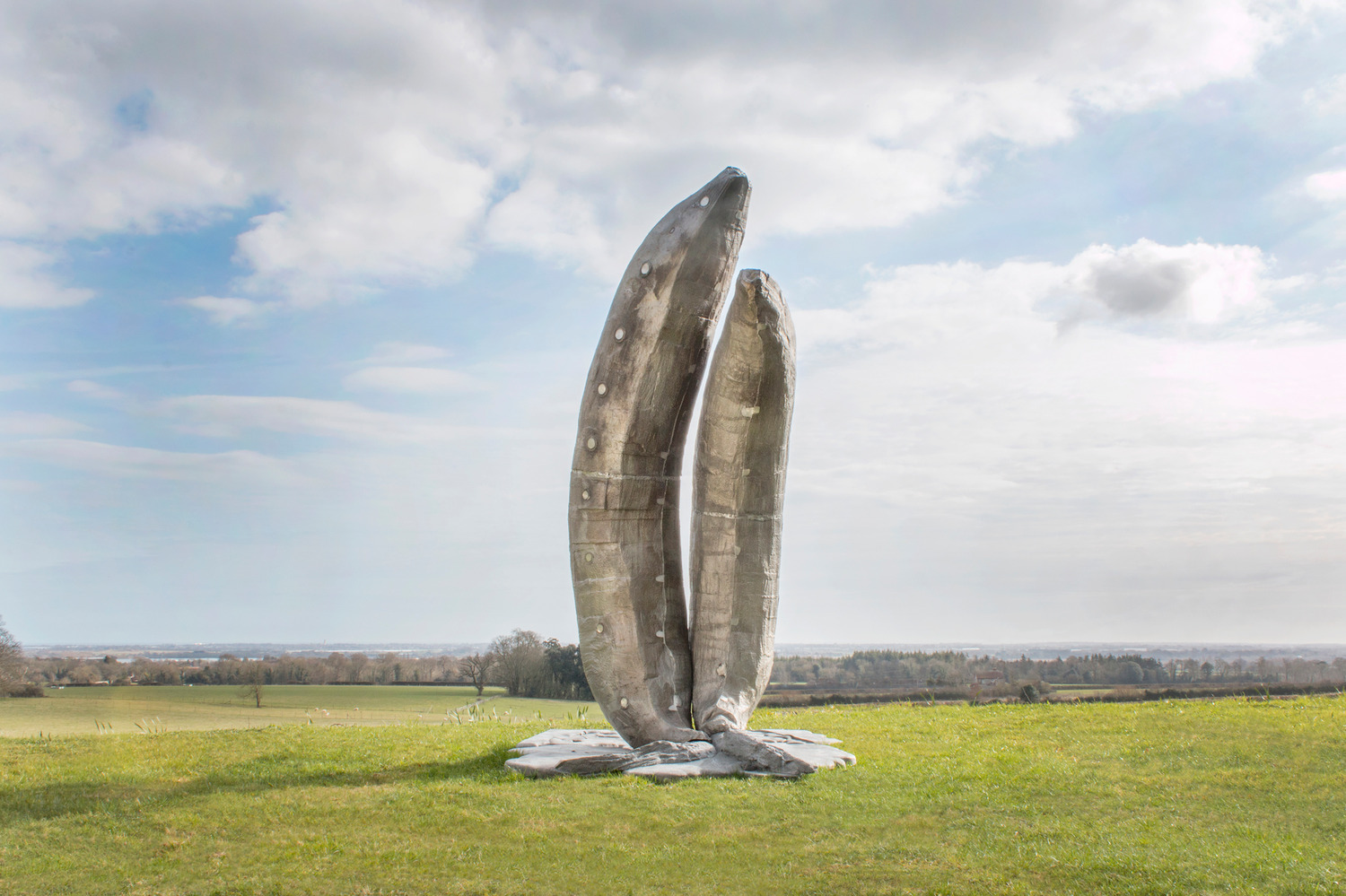 Two Old Bananas, 2013, Cast aluminum, 3 parts, 305 x 217 x 180 cm, Edition of 3 + 1 AP