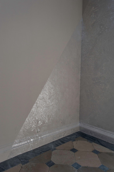 No Title, 2013, Silver leaf on wall, Dimensions variable, Installation view, Kunsthistorisches Museum, Theseus Temple, Vienna, 2013