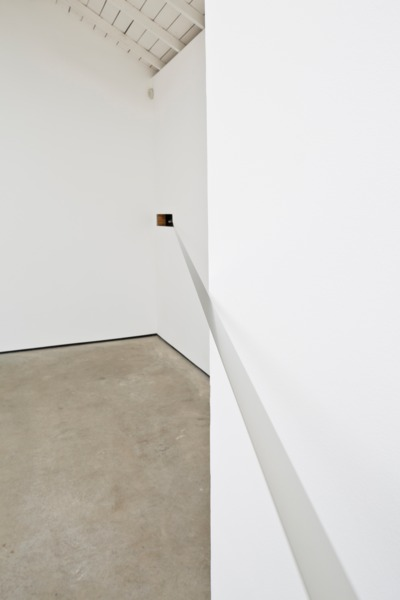 Tinnitus, 2016, Half-inch steel band, hardware, Dimensions variable, Installation view 'Tinnitus', The Modern Institute, Osborne Street, Glasgow, 2016
