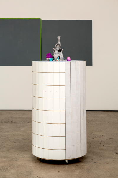 Manfred Pernice, Molly, 2017, Various woods, plastic, ceramic, paper, paint, 155 x 70 x 70 cm, 61 x 27.6 x 27.6 in