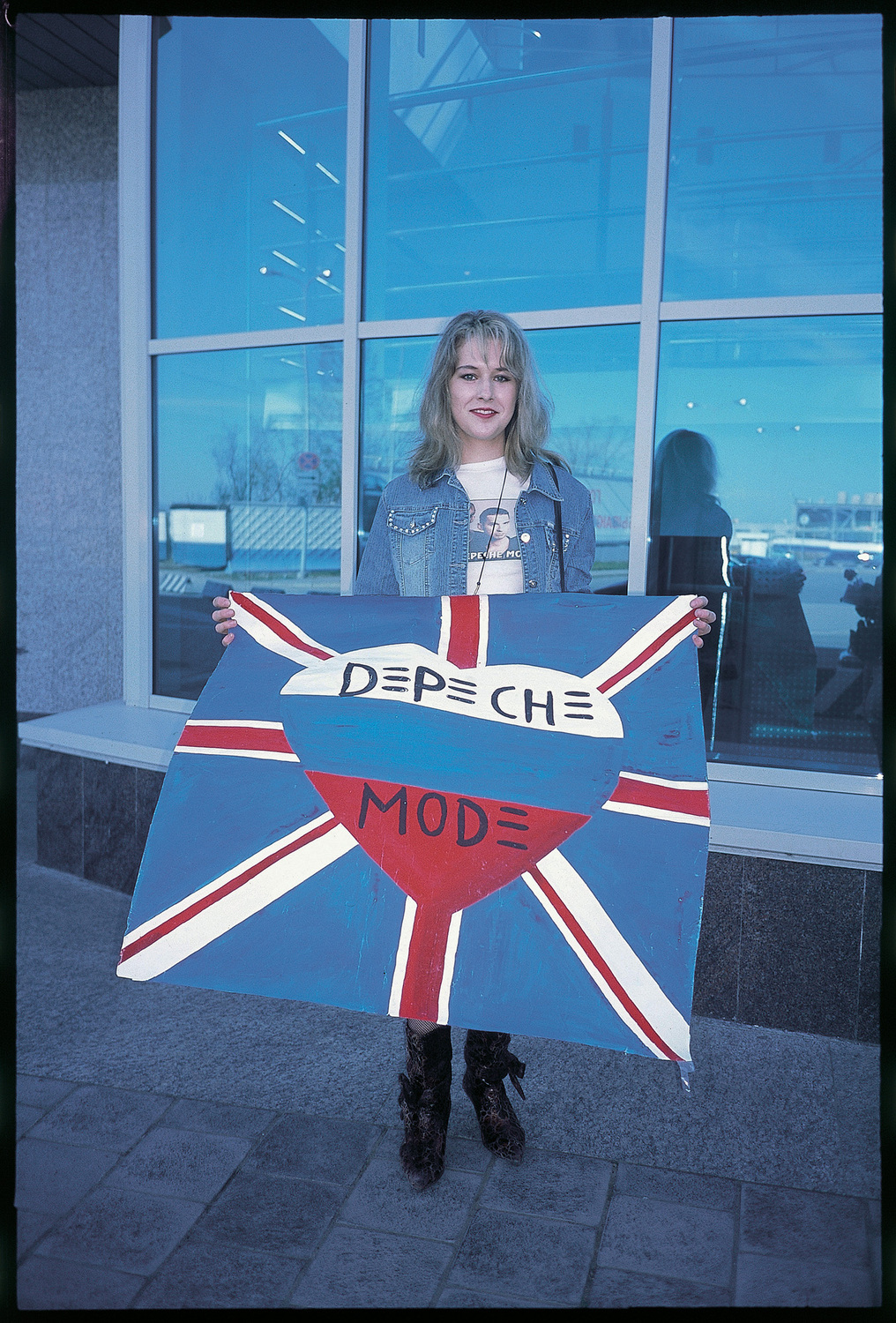 Our Hobby is Depeche Mode, 2006. Masha at St. Petersburg airport.