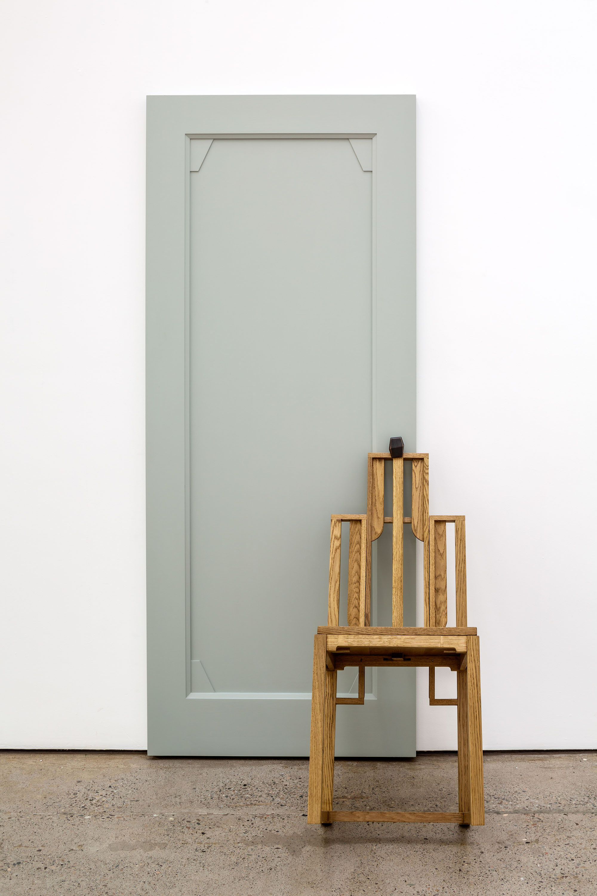 No Information or Memory, 2021, Stained wood, painted wood, brass, 205.5 x 99.5 x 85 cm